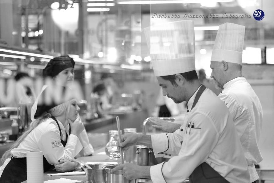 "Scuola di cucina ""Lorenzo De Medici"""